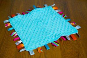 Dimple Dot Minky Taggie Blanket